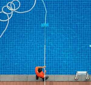 Чистка бассейнов цена