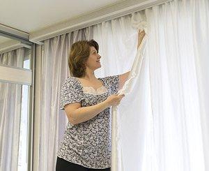 Как почистить шторы: советы от специалистов клининговой компании?